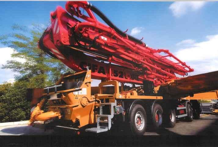 Truck Mounted Concrete Pump CIFA 52m boom pump